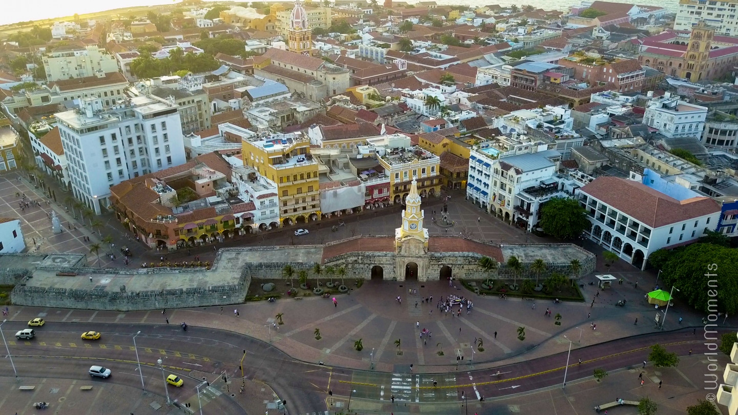 Things to do in Cartagena - Torre del Reloj (Clocktower): Main door of the walled city