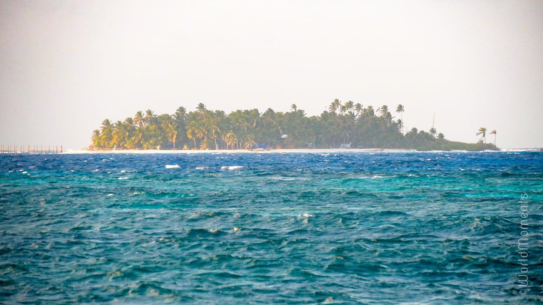 san andres jonny cay island beach palms