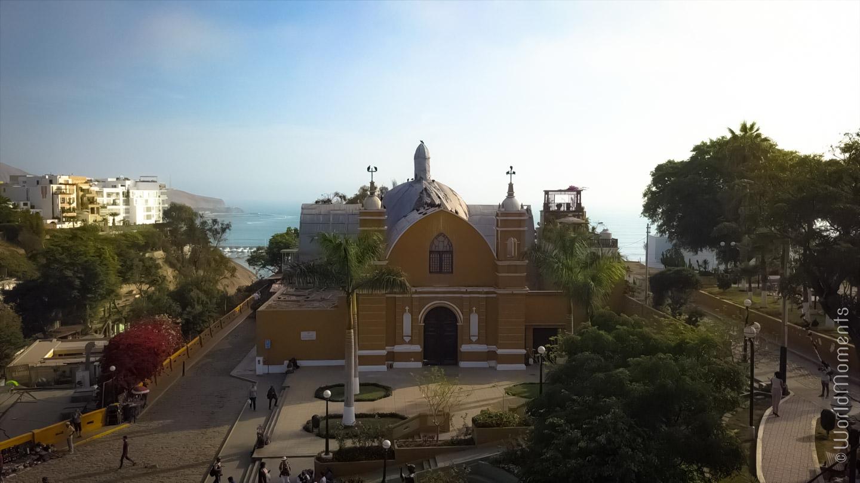 lima barranco iglesia ermita drone view