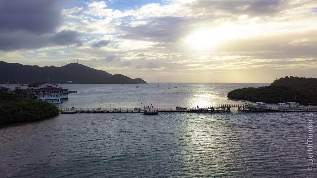 atardecer desde el puente de los enamorados en isla Providencia
