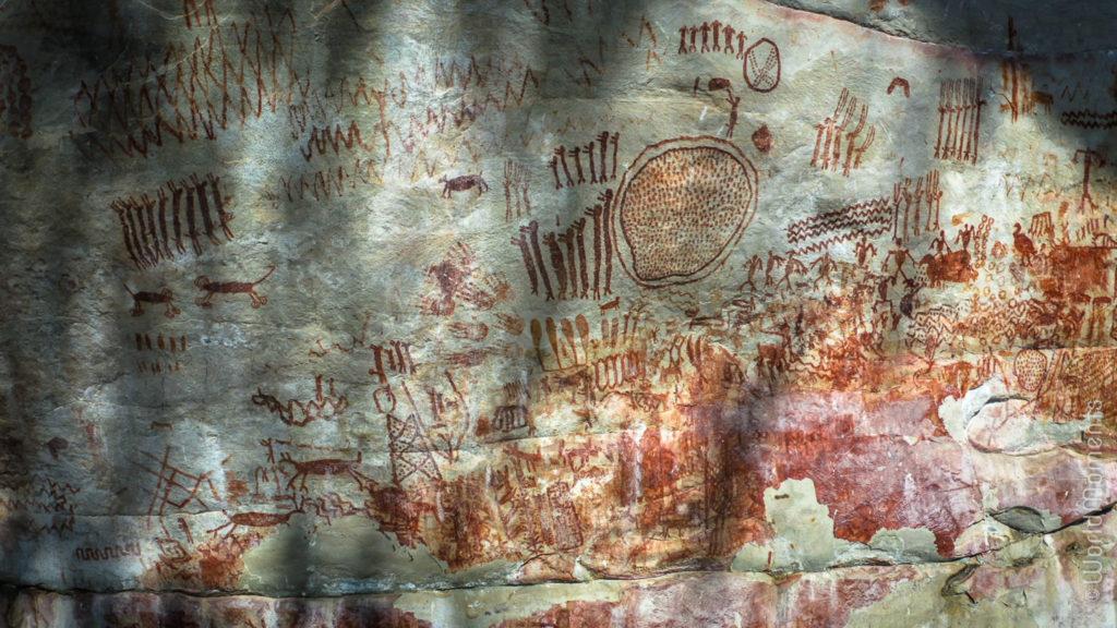San Jose del Guaviare Cerro Azul indigenous paintings