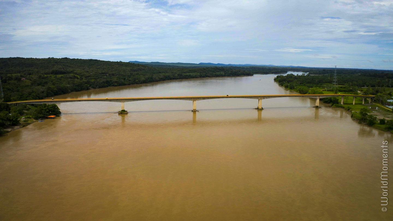 Nowen bridge in San Jose del Guaviare landscape with river