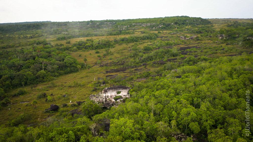 puerta de orión in san jose del guaviare landscape